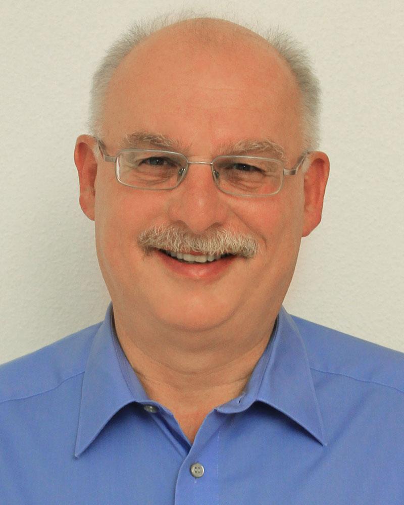 <b>Wolfgang Lipps</b> Geschäftsführer - Lipps_bearbeitet